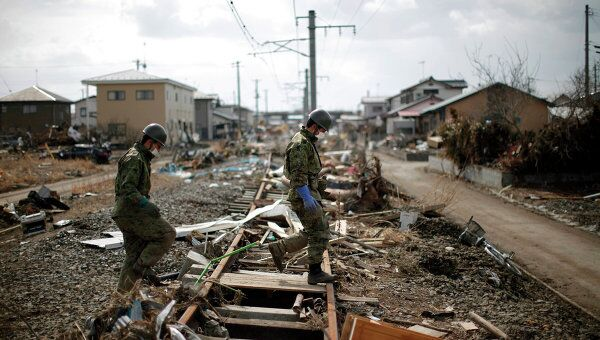 Поисковые работы на востоке Японии после землятресения, 31 марта 2011 г.