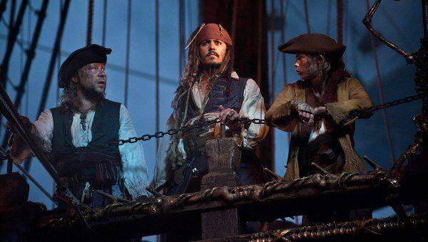 Джонни Депп в фильме Пираты Карибского моря: На странных берегах
