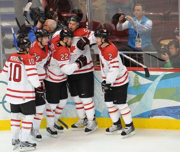 Хоккеисты сборной Канады. Архив