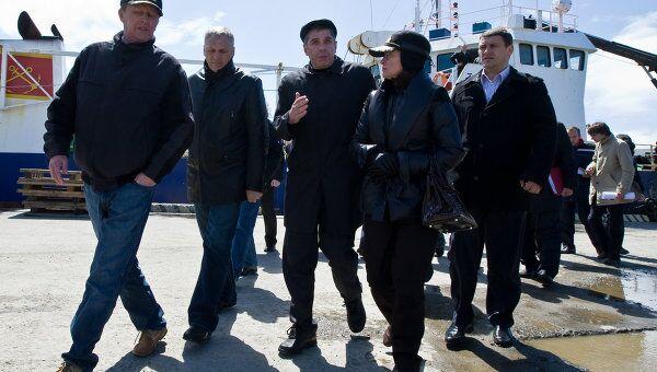 Делегация российского правительства во главе с Сергеем Ивановым посетила на Курилы