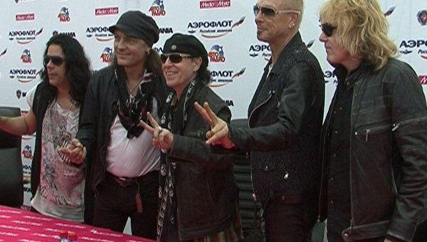 Scorpions осчастливили сотни российских фанатов
