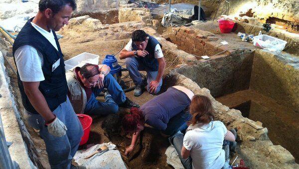 Раскопки могилы Моны Лизы в Италии