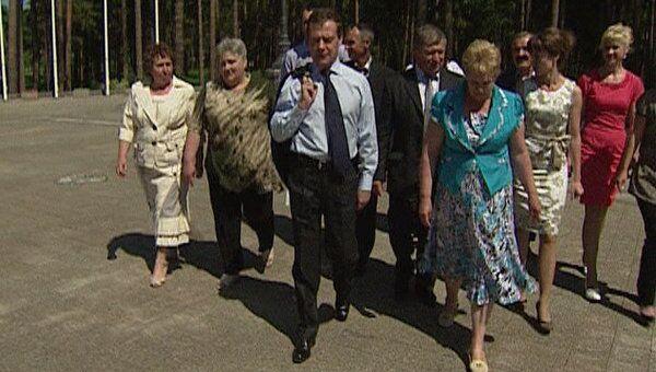 Жители села Ненашево попросили Медведева заказать им дождь