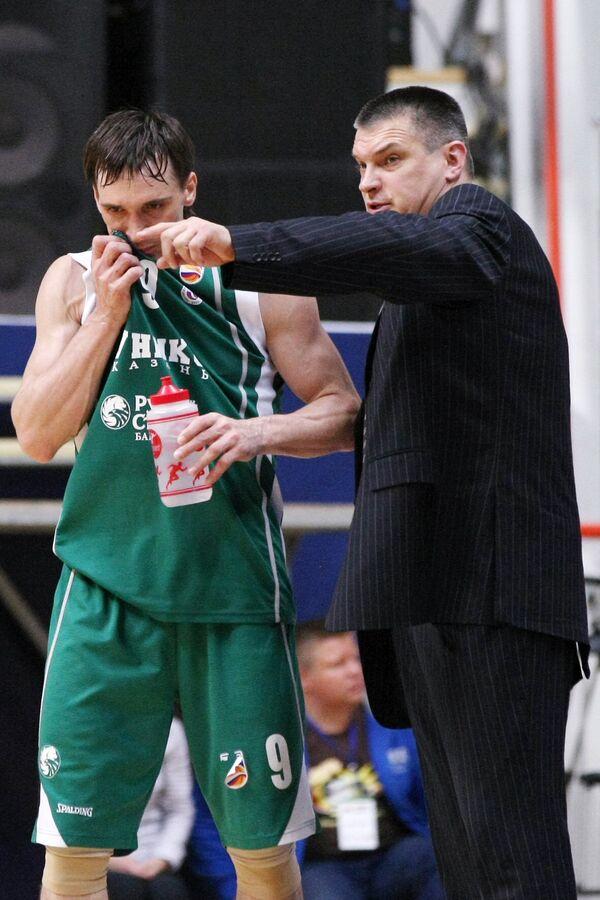 Евгений Пашутин и Петр Самойленко (справа налево)