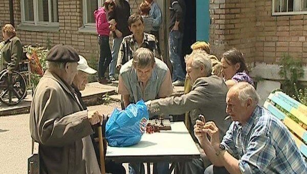 Журналистов пустили в дом престарелых, откуда сбежали пятеро пациентов