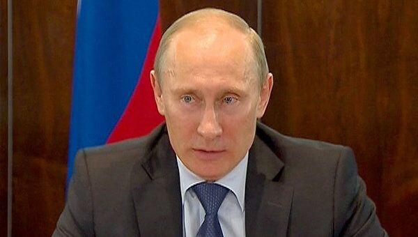 Огульно всех записывать в ОНФ ни к чему – Путин