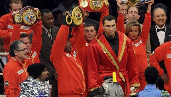 Владимир Кличко победил Дэвида Хэя в Гамбурге