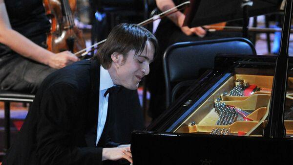 Пианист Даниил Трифонов выступает на гала-концерте лауреатов XIV Международного конкурса им. П.И. Чайковского