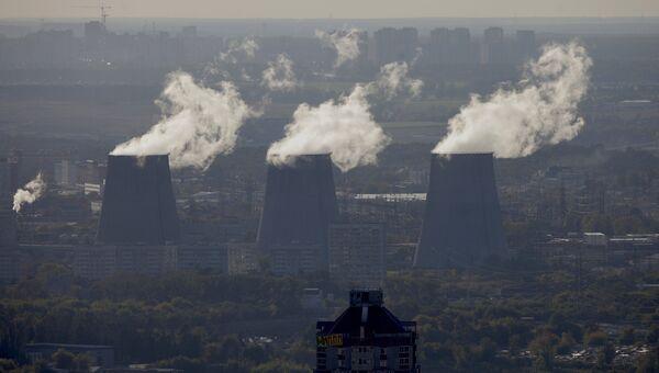 Вид на Москву с верхнего этажа МГУ. Архивное фото