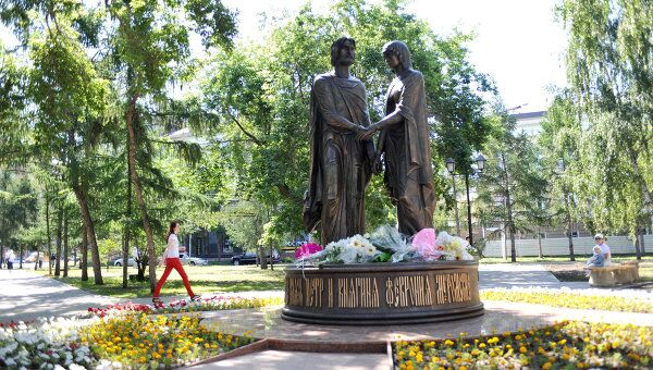 Открытие памятника Святым благоверным Петру и Февронии Муромским в Омске