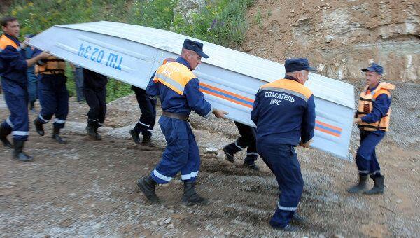 Спасательная операция идет на месте аварии теплохода Булгария