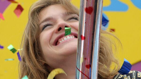Топ-модель Наталья Водянова на церемонии открытия детского игрового парка, построенного в Казани при содействии ее благотворительного фонда Обнаженные сердца