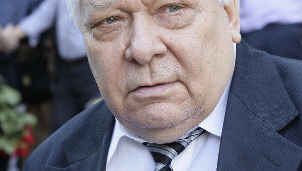 Владислав Казенин, архивное фото