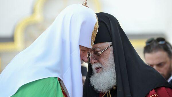 Патриарх Московский и всея Руси Кирилл и католикос-патриарх всея Грузии Илия II в Киево-Печерской лавре