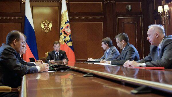 Дмитрий Медведев проводит совещание в резиденции Горки