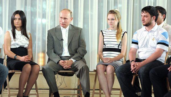 Рабочая поездка В.Путина в Северо-Кавказский федеральный округ