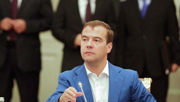 Президент России Д.Медведев принял участие во встрече лидеров стран ОДКБ без галстуков в Астане