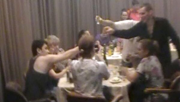 Гости подпольного казино в Москве веселились, не замечая полицейских