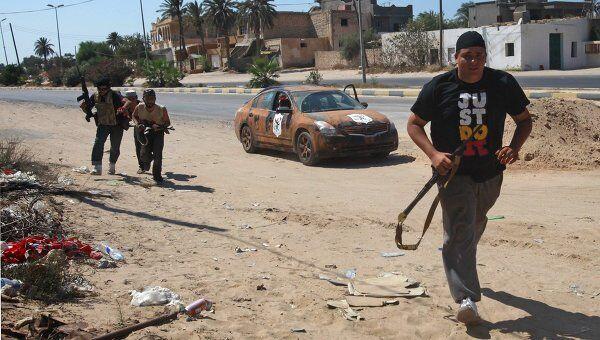 Ливийские повстанцы наступают на Триполи