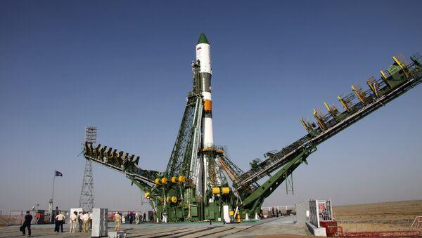 Запуск РН Союз-У с грузовым кораблем Прогресс М-12М. Архивное фото