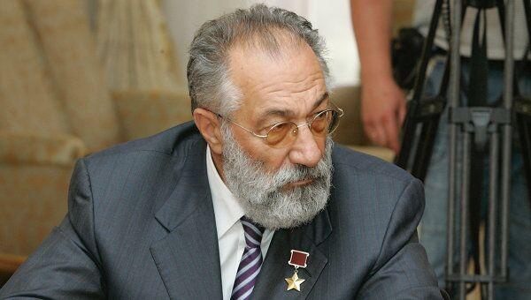 Артур Чилингаров удостоен международной премии Наука за мир