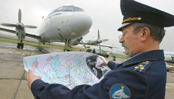 Подготовка к разгону облаков над Москвой. Архив