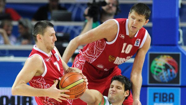 Игровой момент матча Болгария - Россия