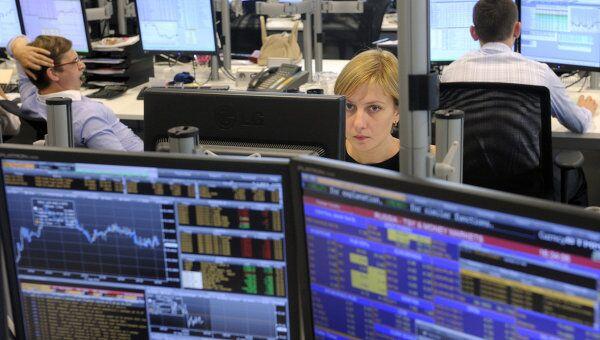 Рынок акций РФ завершил вторник ростом индексов на 0,6-1,8%