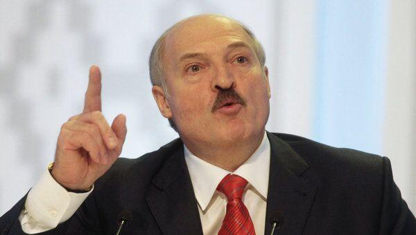 Лукашенко: Белоруссия получит $3-4 млрд от снижения цен на нефть и газ