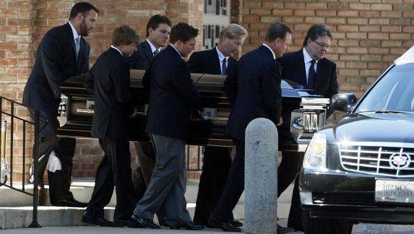 Похороны Брэда Маккриммона