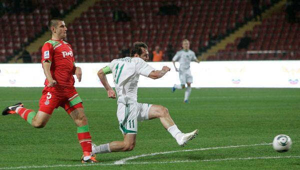 Игровой момент матча Терек - Локомотив