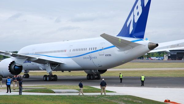 Широкофюзеляжный лайнер Boeing -787 Dreamliner