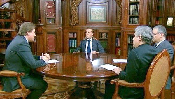 Медведев рассказал, что готов сделать с правительством