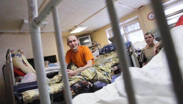 Пациенты реабилитационного центра фонда Город без наркотиков. Архив