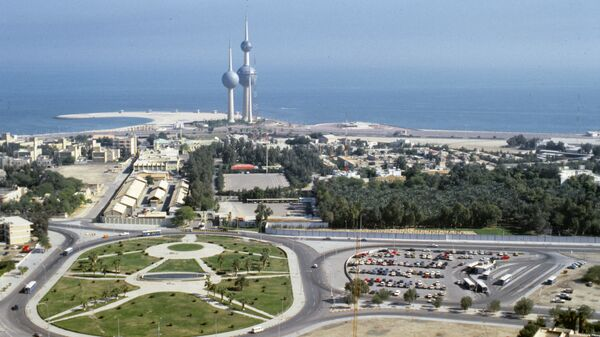 Вид на город Эль-Кувейт. Кувейт. Архивное фото
