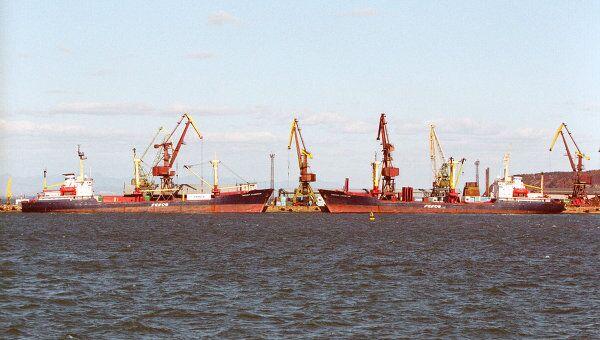 В морском торговом порту Корсакова