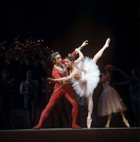 Артисты балета Нина Сорокина и Юрий Владимиров