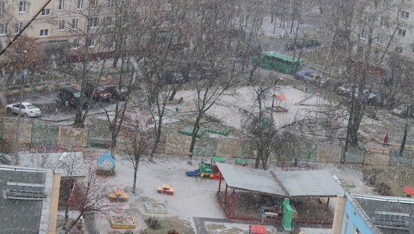 В Москве начался первый снегопад. Архив