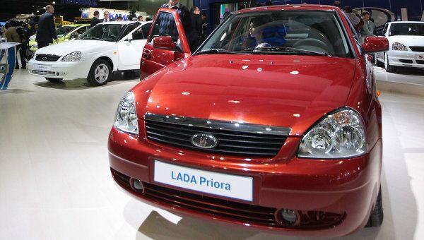 Автомобильная выставка Интеравто 2009 открылась в Москве. Архив
