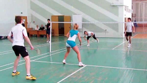 Памятный турнир по бадминтону организовали в Набережных Челнах