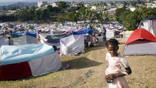 Оставшиеся после землетрясения на Гаити