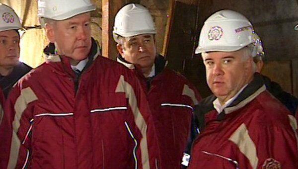 Собянин спустился на 65 метров под землю посмотреть, как строят метро