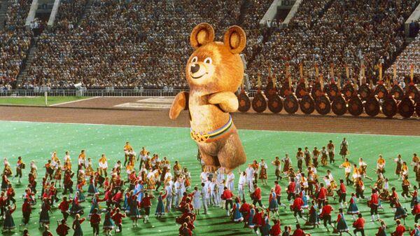 Мишка - символ Олимпиады 80. Торжественное закрытие XXII летних Олимпийских игр