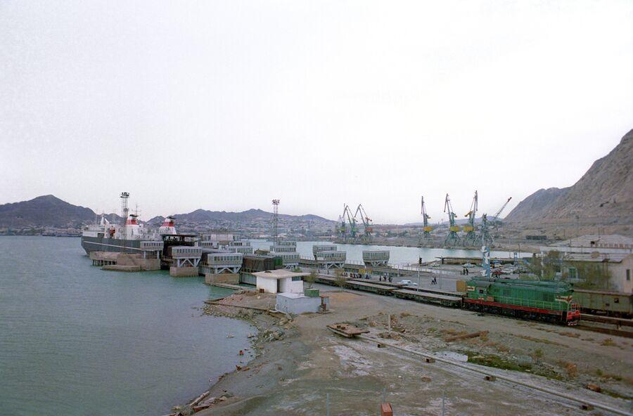 Порт на Каспийском море