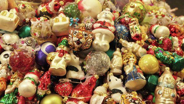 Новогодние игрушки. Архивное фото
