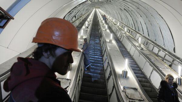 Подготовка к открытию станции метро Адмиралтейская