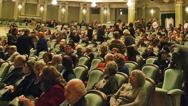 В зрительном зале Большого театра (Новая сцена). Архив