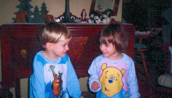Близнецы Ваня и Даша Скоробогатовы, которых усыновили супруги Кравер из США