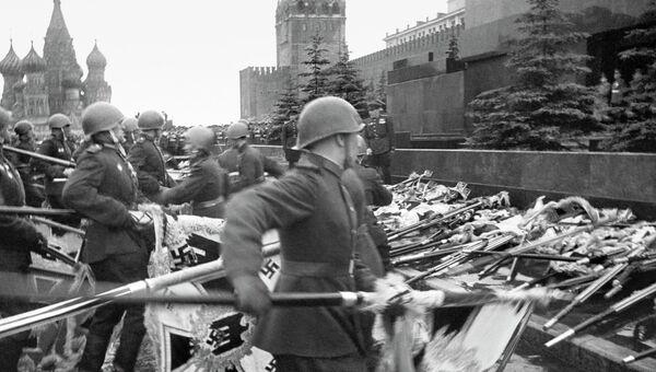 Картинки по запросу парад победы союзных войск в берлине 24 июня 1945 года