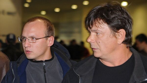 Российские моряки Роман Савин и Виталий Карпенко (слева направо)